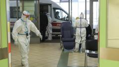 В Петербурге за сутки коронавирусом заболело 909 человек