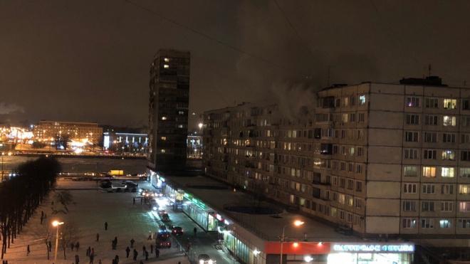 На улице Народнаяпламя охватило жилуюквартируна 8 этаже