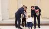 В Выборгском районе Петербурга 13 семей получили материнский капитал