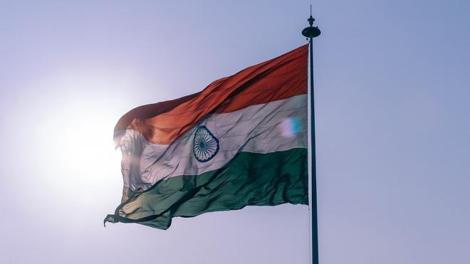 Первая волна вакцинации от COVID-19 в Индии займет до шести месяцев