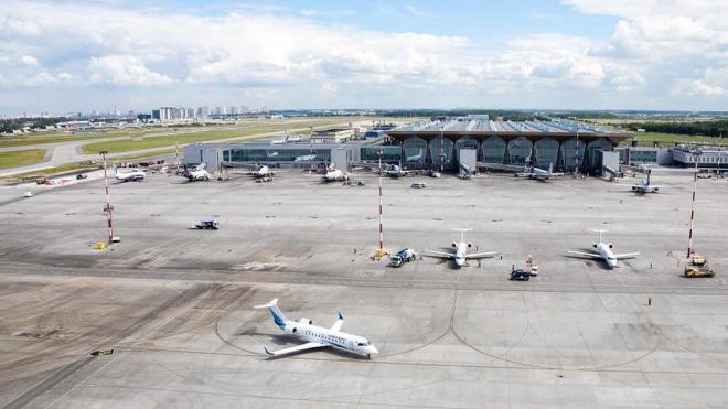 Аэропорт Пулково получил 235 заявок на прием деловой авиации в связи с ПМЭФ