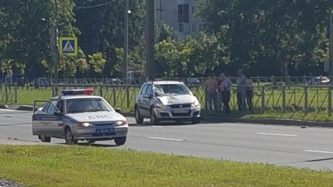 На Руставели автомобиль сбил мужчину в трусах
