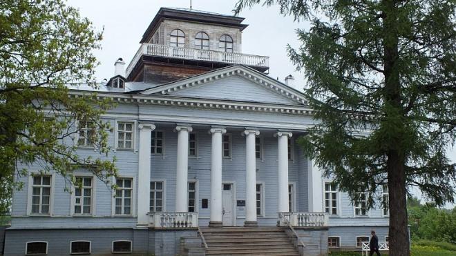 В Гатчинском районе отреставрируют усадьбу Владимира Набокова