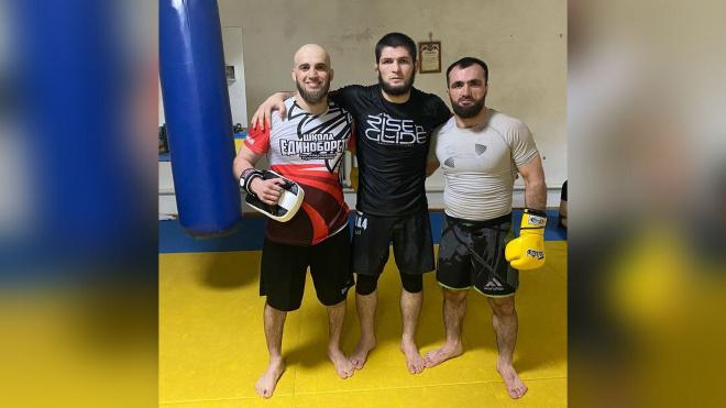 Хабиб Нурмагомедов выложил в Instagram фото со своими хейтерами