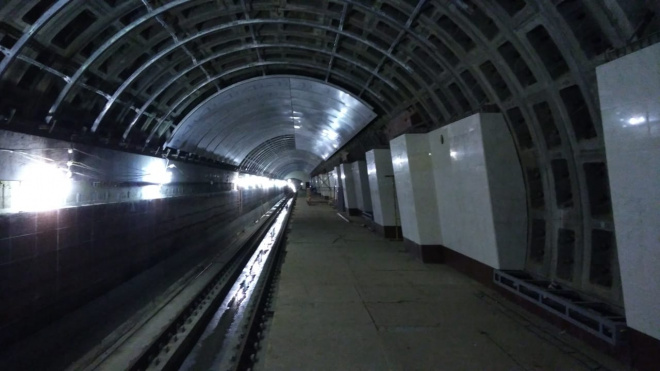 В Смольном оценили ход работ на станциях метро Фрунзенского радиуса