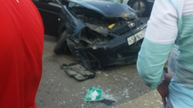 В страшном ДТП на проспекте Ветеранов пострадали четыре человека
