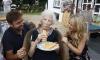 Столетняя британка назвала любимое блюдо секретом долголетия