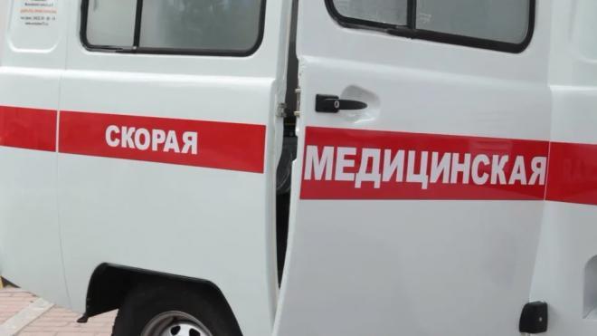 Из-за столкновения двух авто в Выборгском районе пострадал велосипедист