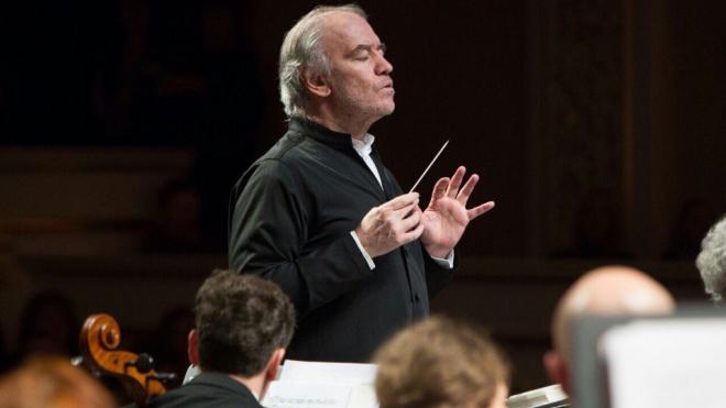 Валерий Гергиев и оркестр Мариинского театра выступят в Европе