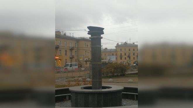 На Среднеохтинском украден металлический фрегат XVIII века