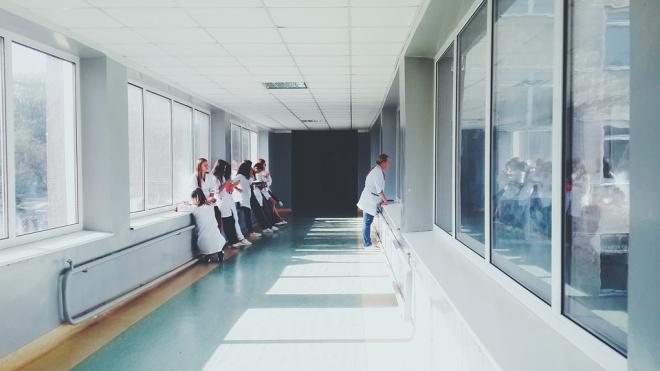 Детскуюбольницу в Колпино отремонтируют за 77 миллионов рублей