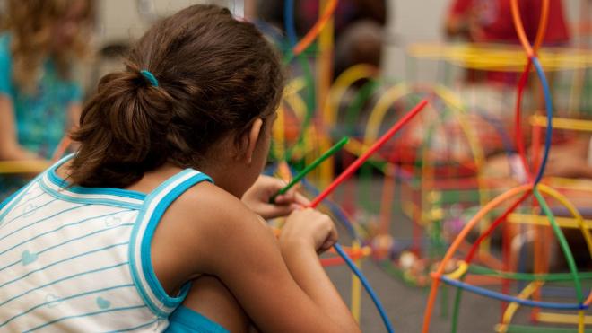 Детский отдых в 2020 году получит 2,5 миллиарда рублей от Смольного