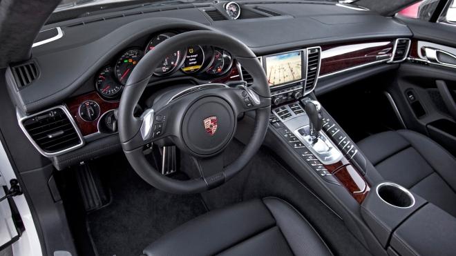 Безработный москвич лишился Porsche стоимостью более девяти миллионов рублей