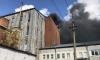 Сотрудники МЧС ликвидировали открытый огонь в здании на Складской улице