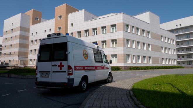 Врачам Боткинской больницы грозит сокращение зарплат