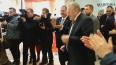 Владимир Жириновский пустился в пляс в торговом центре ...