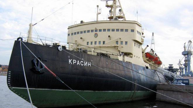 """Ледокол """"Красин"""" стал участником программы, включенной в """"Единую карту петербуржца"""""""