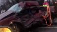 Под Гатчиной КамАЗ столкнулся с легковым автомобилем, ...