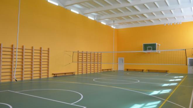 В Первомайском центре образования отремонтировали спортивный зал