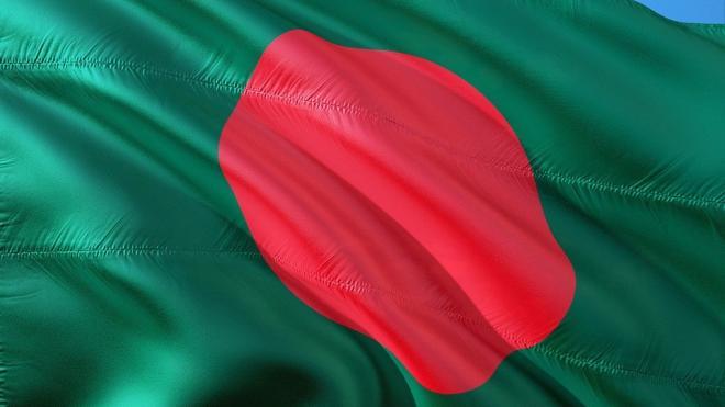 В Хабаровске аварийно сел самолет вооруженных сил Бангладеша