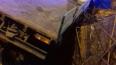 На Митрофаньевском шоссе грузовик снес туалет и улетел ...