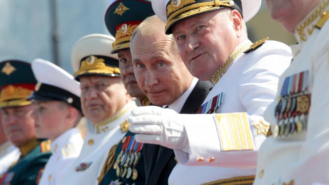 Владимир Путин посетил новый корпус Нахимовского училища