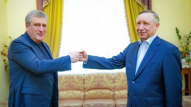 Беглов заявил, что Петербург готов поставлять лекарства и медтехнику в регионы РФ