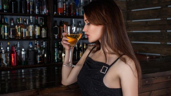 Несовершеннолетняя погибла на вечеринке в Петербурге