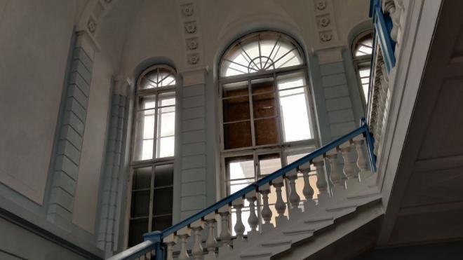 К реконструкции школы в Соляном переулке подключили КГИОП