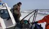 Сотрудники МЧС спасли 4 рыбаков со льда Финского залива