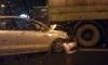 На проспекте Испытателей автомобиль Volskwagen врезался в бензовоз