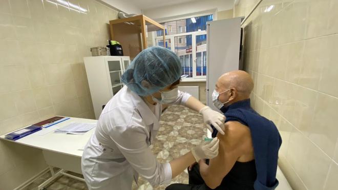 Петербуржцы придумали сервис для быстрого поиска талонов на вакцинацию от коронавируса