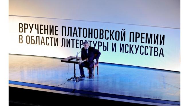 Путин принял к сведению информацию о Сокурове
