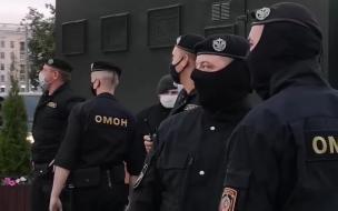 В районе Дворца независимости в Минске обнаружена колонна спецтехники