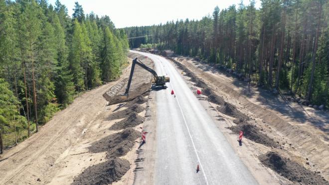 В Выборгском районе завершается ремонт участка трассы Выборг-Светогорск