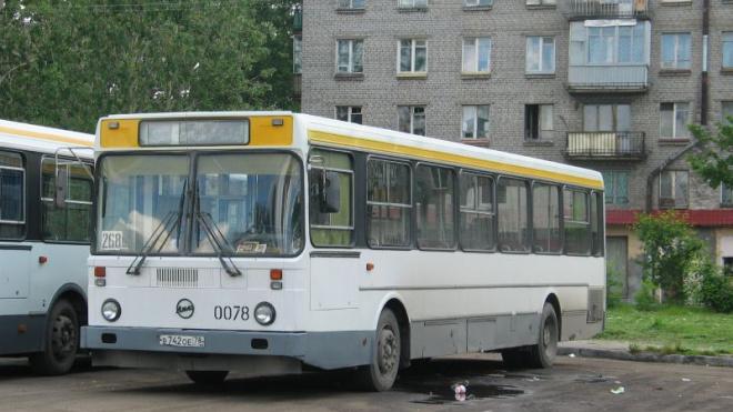На Васильевском острове временно изменятся автобусные маршруты