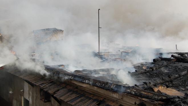 """Пожар на """"Аквафоре"""": эвакуированы 30 человек"""