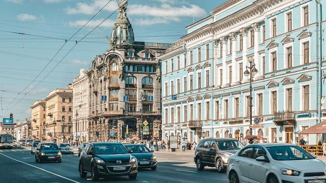 Решение об ограничении скорости на Невском проспекте отложили на неопределенный срок