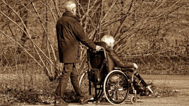 Депутат Васильев попросил Полтавченко дать обществу инвалидов-колясочников новое помещение