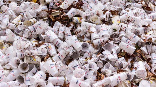 Смольный ответит на жалобы петербуржцев по мусорной реформе