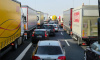 Дороги Ленобласти закрыли для большегрузов из-за весенней просушки