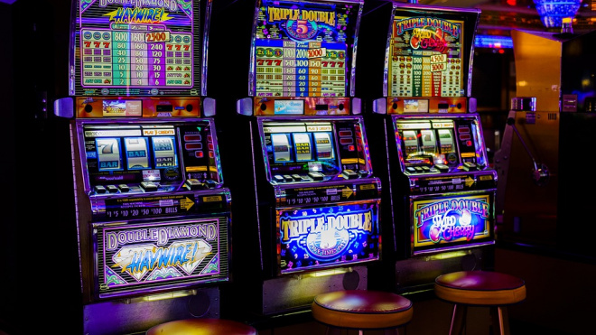 Петербуржца оштрафовали за организацию подпольного казино на 550 тысяч рублей