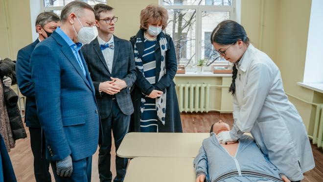 На минувшей неделе Беглов уделил внимание проектам в поддержку семей и образования