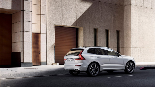 Volvo Cars выводит на российский рынок новый бренд – Recharge