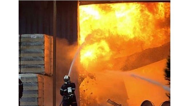 Серьезный пожар на военном арсенале в Башкирии удалось потушить