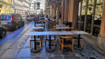 В Петербурге прикрыли 17 незаконных летних кафе