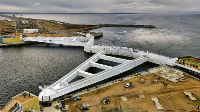 В тоннеле петербургской дамбы ограничат движение до 24 сентября