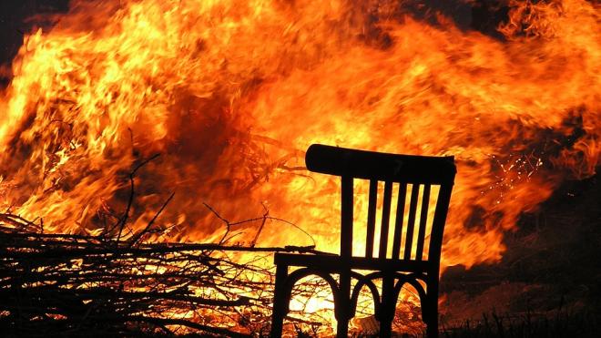 Петербуржец переволновался из-за новостей о теракте и сжег деревню Лопец