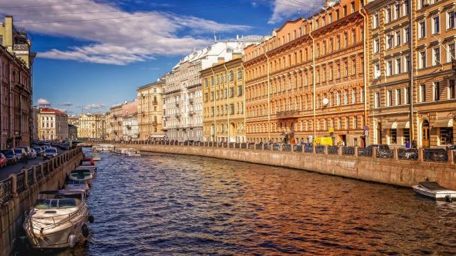 Петербург подарил жителям Ленобласти авторские экскурсии