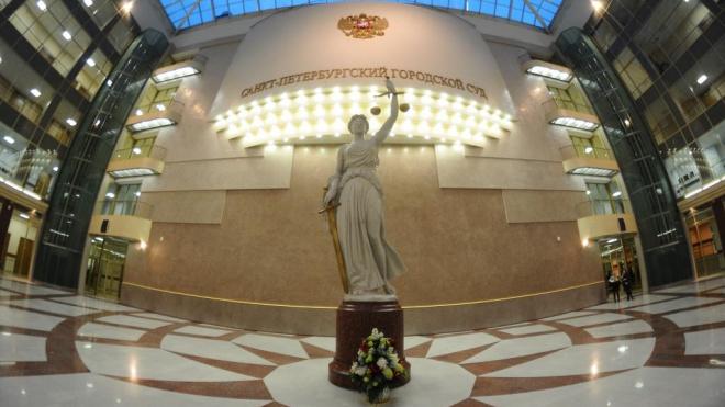 В Петербурге продолжилась эвакуация судов: подробности